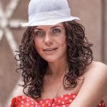 Yanina Šedivá portrét v parku