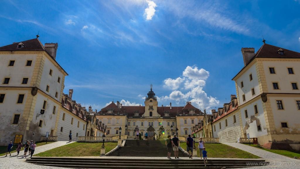 Valtický zámok, Lednicko-valtický areál, Česká republika